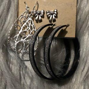 Three pack of earrings